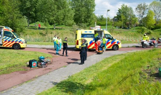 Het ongeluk gebeurde op het fietspad, naast de Kruisweg / Van Heuven Goedhartlaan.