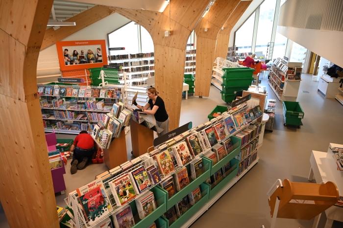 bilbliotheek nieuw dorpshuis Peter Vreeswijk © BDU media