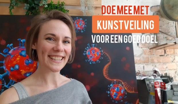 Robyn Eijlander verkoopt haar schilderijen voor het goede doel