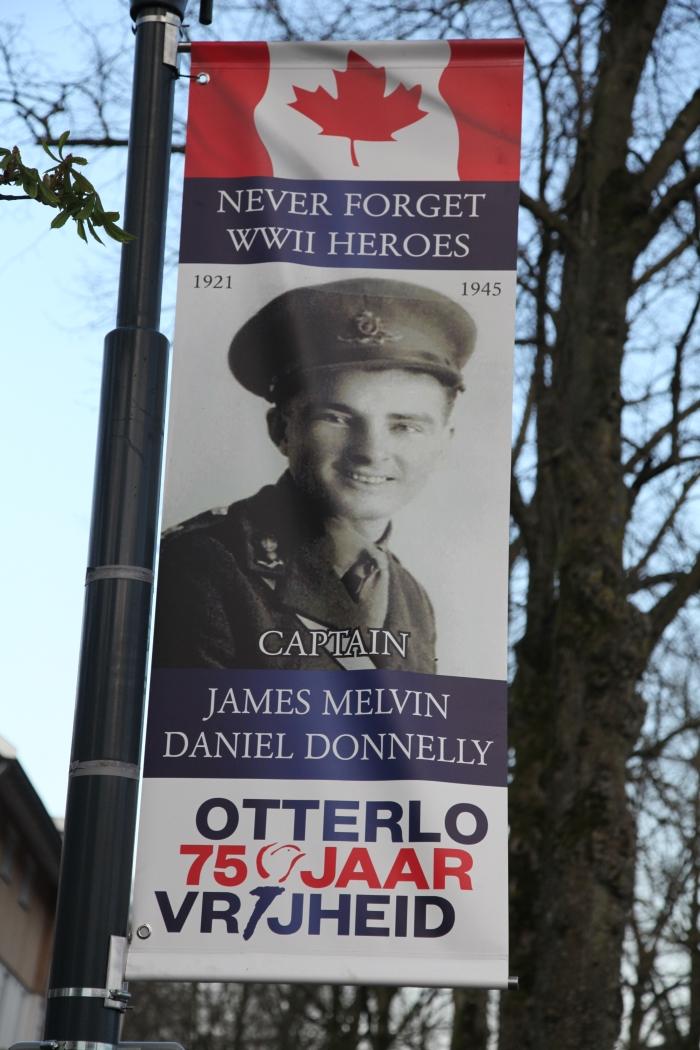 gesneuvelde Canadese soldaat Gerhard H. Starke © BDU Media