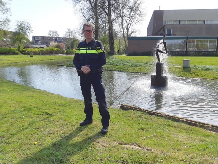 Hoofd- en wijkagent Peter de Berg