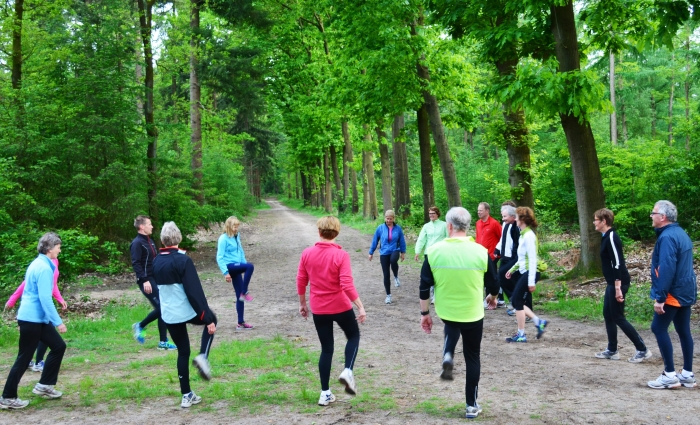 Buigen en strekken als training in ZomerFit skivereniging