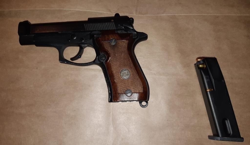 Het gevonden vuurwapen. OM Oost-Brabant © BDU Media