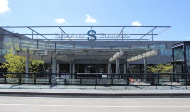 <p>Het Spaarne Gasthuis in Hoofddorp kan de toestroom van pati&euml;nten nog maar nauwelijks aan.</p>