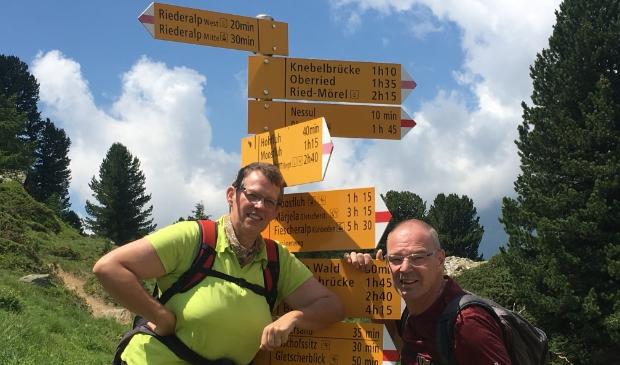 Betsy en Ruud Hazewinkel wandelen graag door de uitgestrekte omgeving.