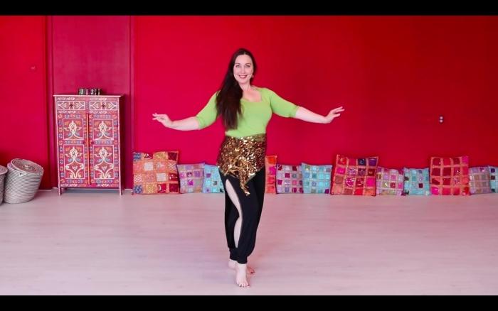 Raniya in haar dansstudio
