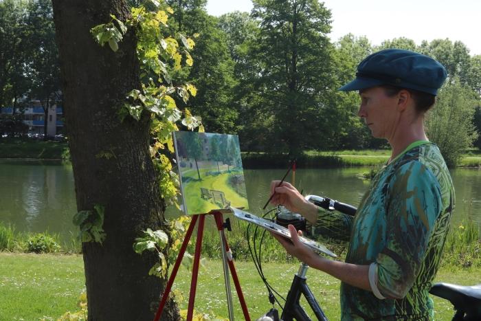 Olivia schilderend bij Imkersplas, Houten