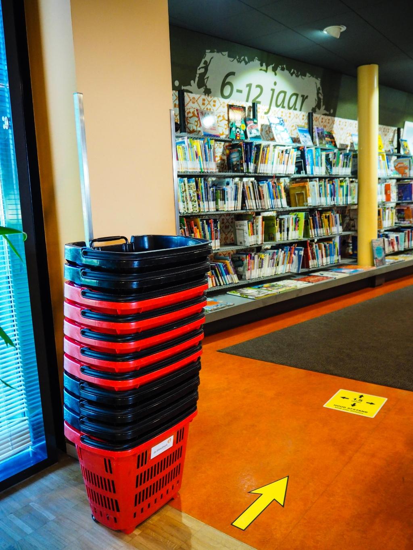 Gebruik van een mandje is verplicht Bibliotheek Lek en IJssel © BDU media