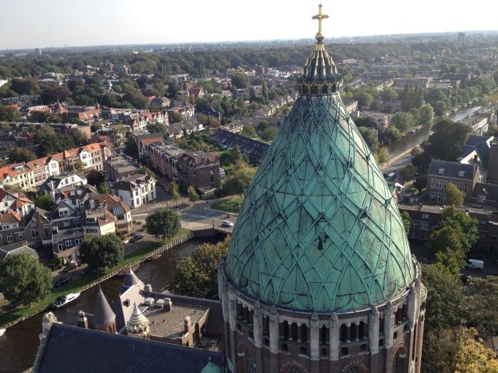 Mooi uitzicht over Haarlem tijdens torenbeklimmingen