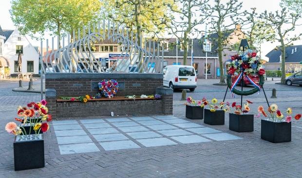 <p>Monument Plein bij dodenherdenking 2020</p>
