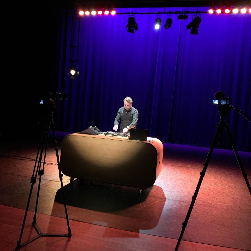 DJ Alex Aan de Slinger © BDU media
