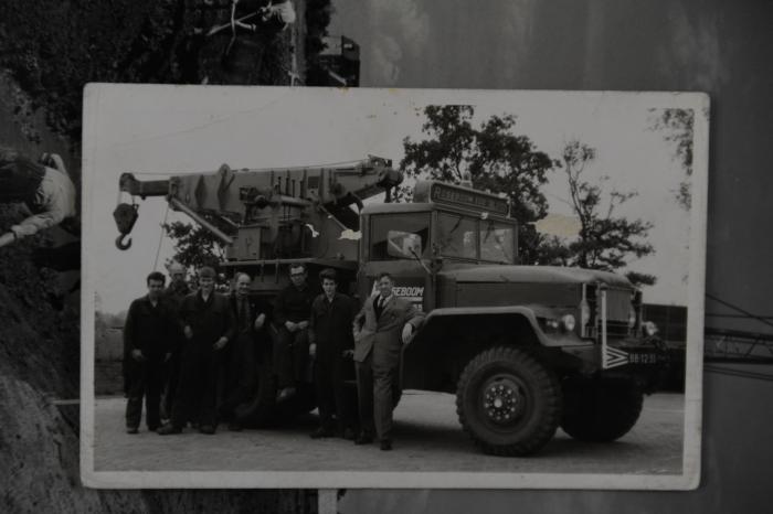 rechts op foto: oprichter Willem Roseboom