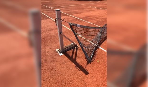 <p>Beschadigingen en vernielingen op het tennispark afgelopen zomer</p>