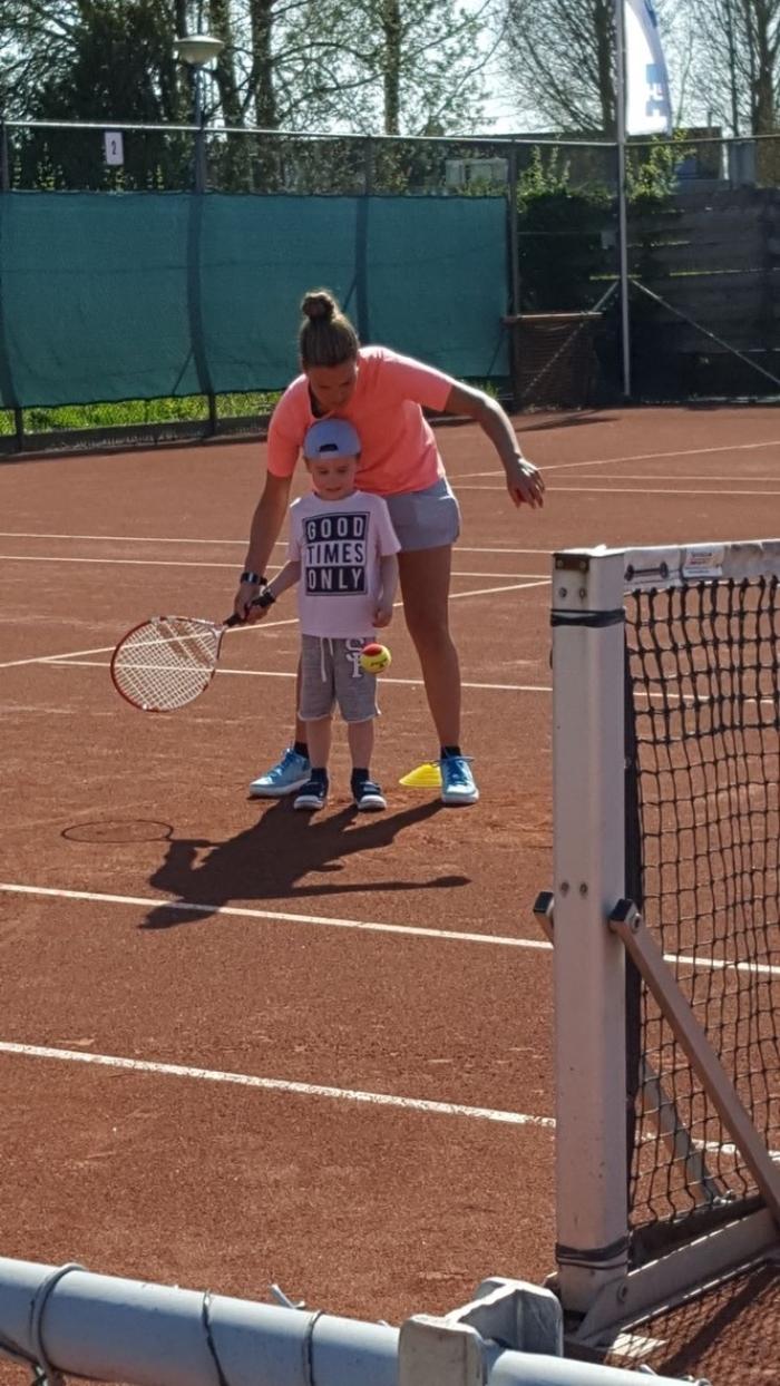 Tennisinstuif jeugd bij TV In den Boogaerd