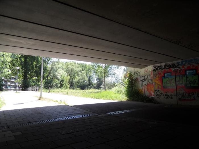 Fietstunnel A10 Entrada met zicht op flat Jupiter Chris van der Linden © BDU media