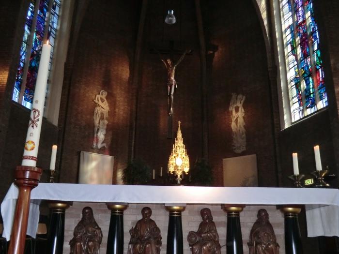 Elke zondagmiddag van 14:00 - 15:00 uur is de Sint Martinuskerk open voor stil gebed. GH © BDU media