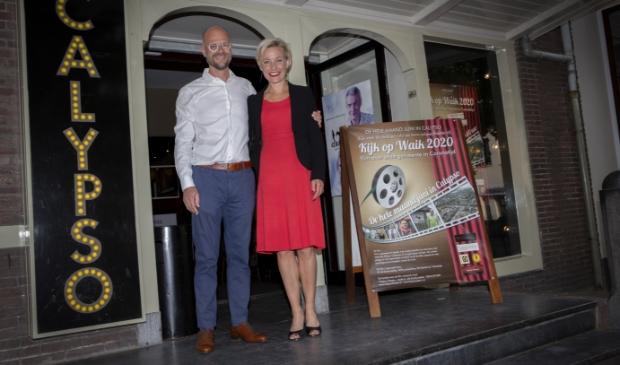 Burgemeester Iris Meerts met partner