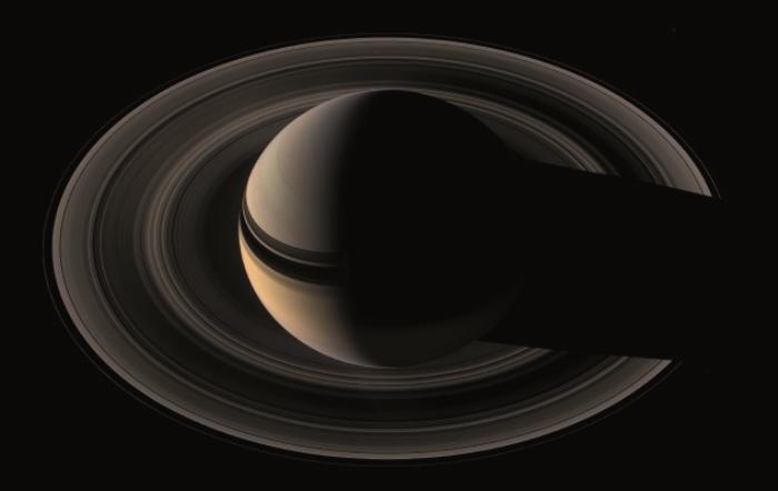 De majestueze ringen van Saturnus waren eeuwenlang een mysterie: waaruit bestaan ze, hoe oud zijn ze, hoe kunnen ze blijven bestaan? NASA/JPL © BDU media