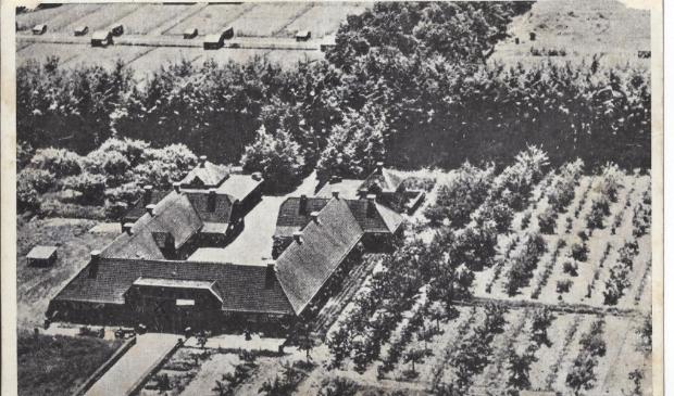 De modelboerderij De Harscamp, gebouwd door het echtpaar Kröller-Müller, speelt een hoofdrol in één van de negen afleveringen van de podcastserie Oorlog op de Veluwe.