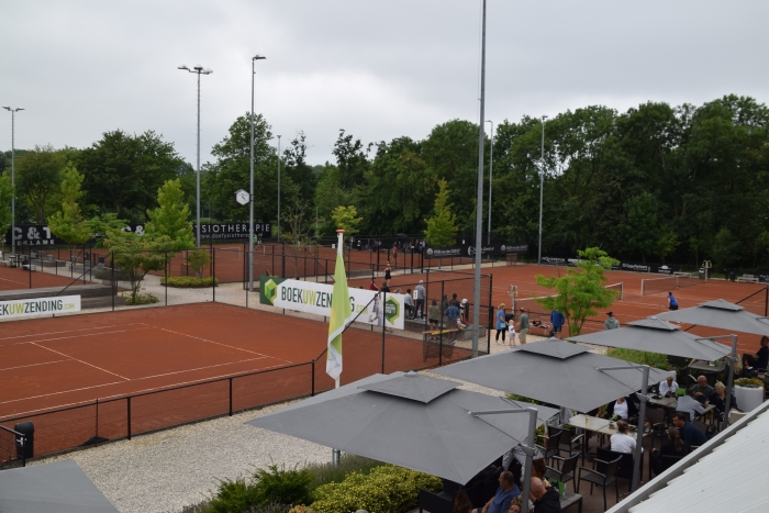 Centre Court TC de Kikkers Birgit Cramer van den Bogaart © BDU media