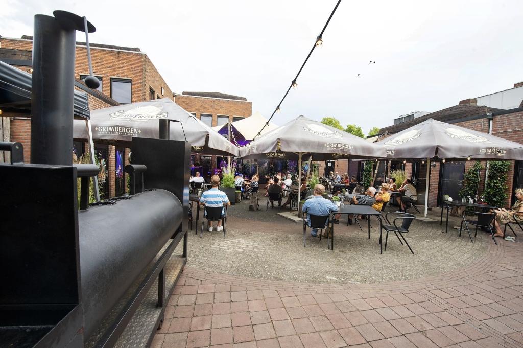 20200626 Flint, eten, BBQ en muziek Foto Rinus van Denderen © BDU media