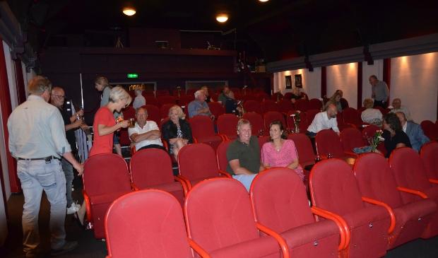 <p>Theater Calypso mag 30 bezoekers ontvangen</p>