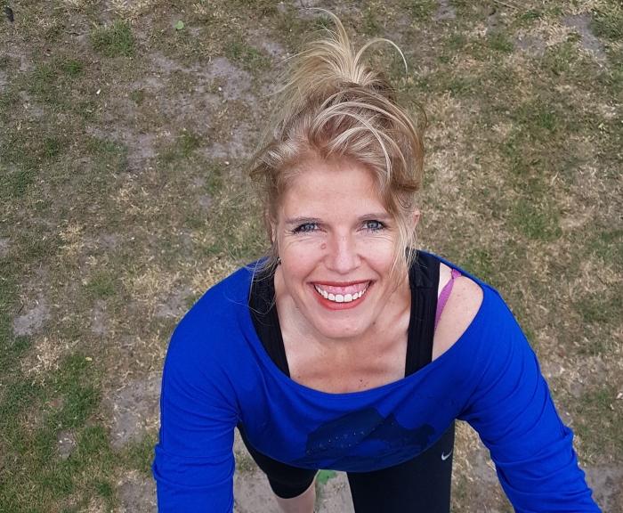 Wendy van Amerongen beklimt Mont Blanc op haar eigen trap