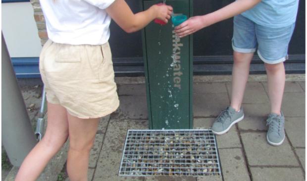 Op de St. Jozefschool is een vrij toegankelijke watertap geïnstalleerd. Lekker fris, schoon en gezond water!