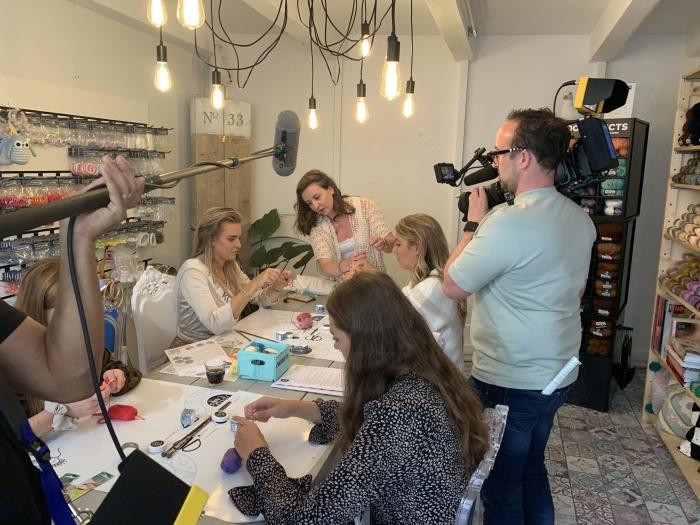 Workshop haken met de finalisten voor MissNL Happy Crafts © BDU Media