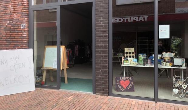 Stichting FAITH heeft sinds kort een winkel aan de Grotestraat 98 in Ede.