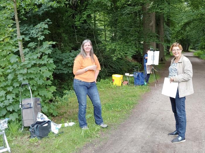 Wanda en Hetty wisselen ervaringen uit Ad Oostveen © BDU media