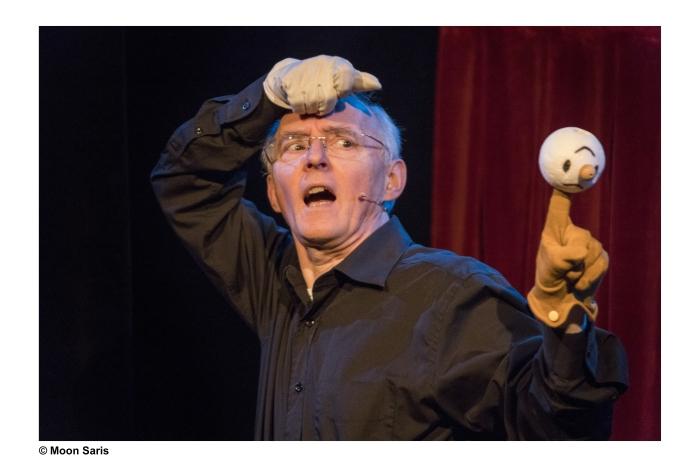 Koos Wieman met Theatercabaret