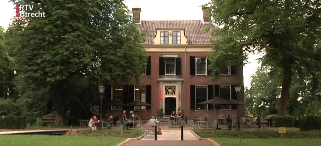 <p>Veel Nederlanders vieren vakantie in eigen land.&nbsp;</p>