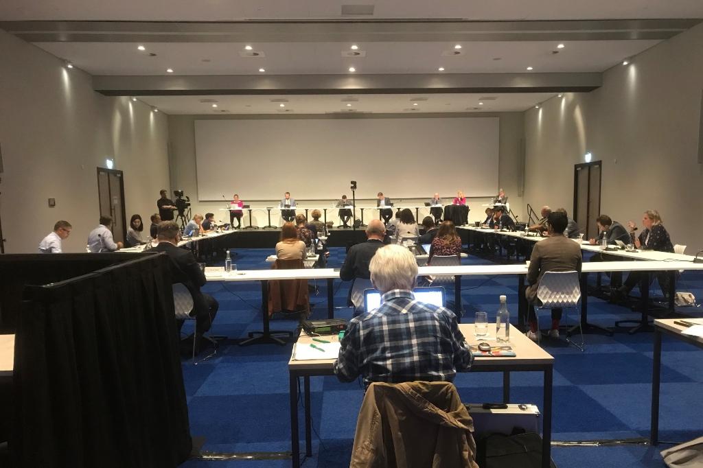 De raad vergaderde donderdag in de Evenementenhal vanwege de anderhalve meter afstand