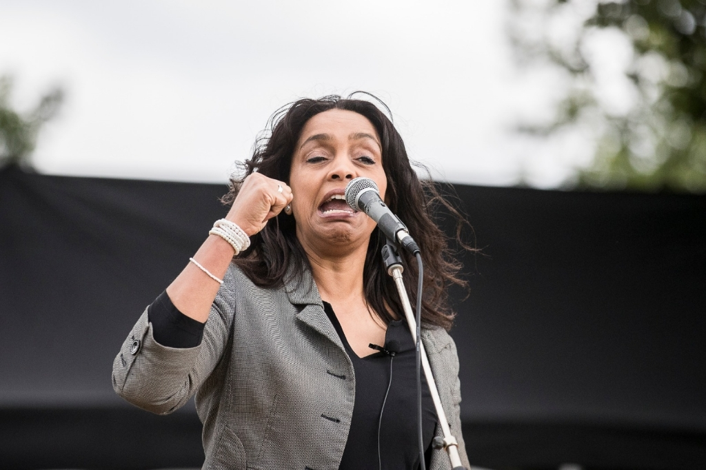 Demonstrante Annika tijdens haar speech. Ted Walker © BDU Media