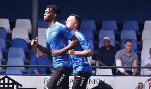 Johan Jansen keek toe hoe zijn teamgenoten aan een nieuw seizoen begonnen.