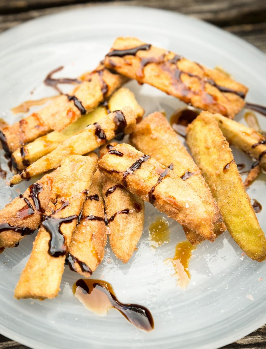 Ook Spanjaarden weten raad met aubergines. Een klassieker zijn de berenjenas, frieten van aubergine. Jaap van Rijn © BDU media