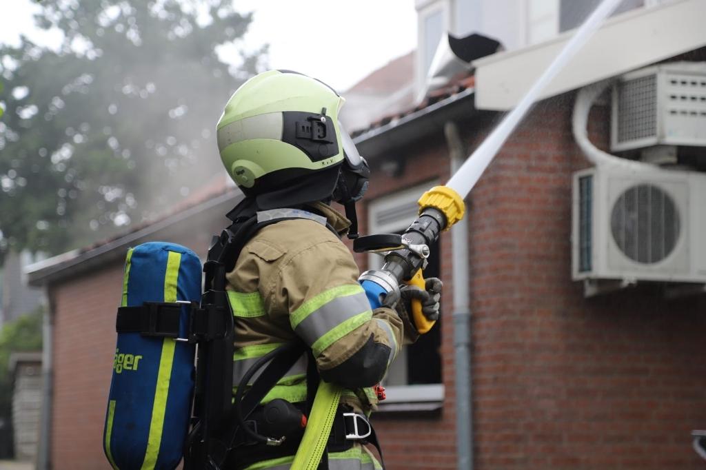 Korte tijd was er sprake van een uitslaande brand, maar het vuur was snel onder controle. 112 Heuvelrug © BDU