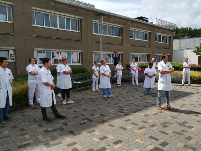 """Arts Beatrixziekenhuis: """"Geweldig dat jullie dit doen"""" Thea den Teuling © BDU Media"""