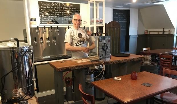 Proeflokaal Brewers schenkt achttien tapbieren naast een groot aanbod van bier op fles.