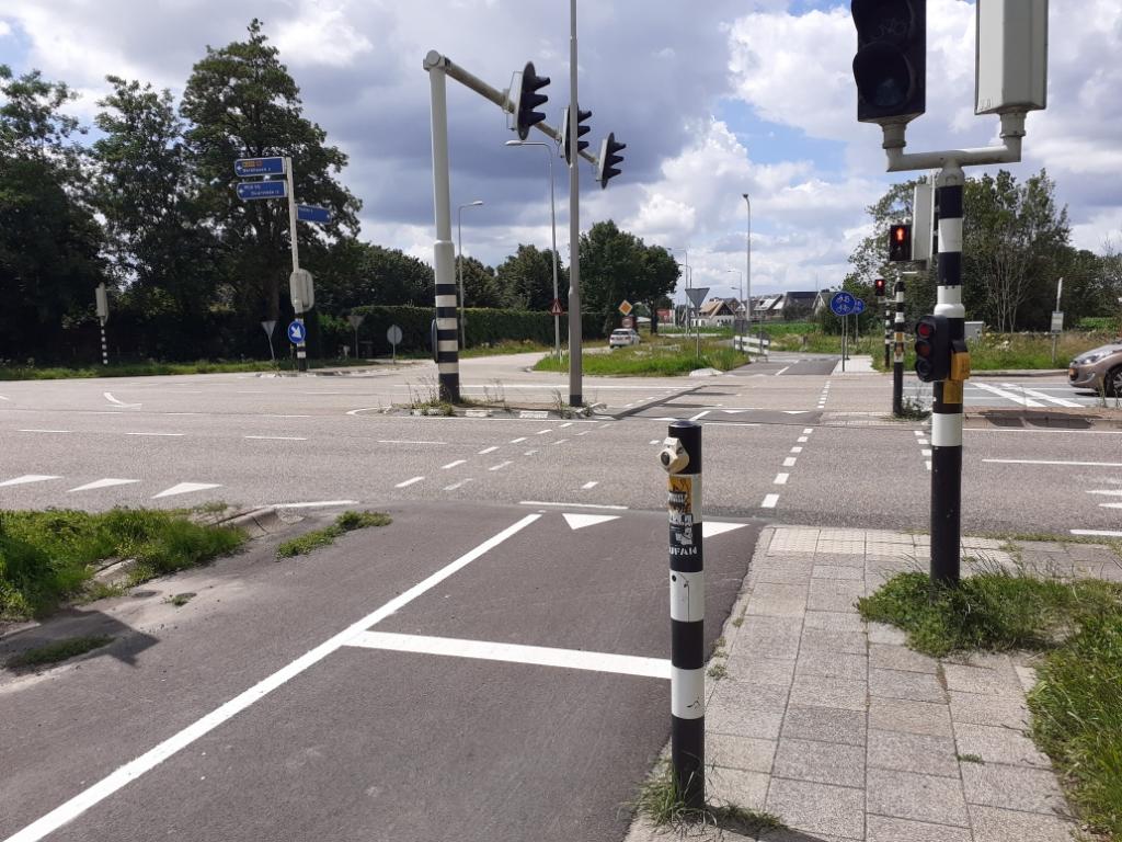 Kruising Zeisterweg - N229 - Burgweg, tussen Odijk en nieuwbouwwijk Het Burgje. Agnes Corbeij © BDU media