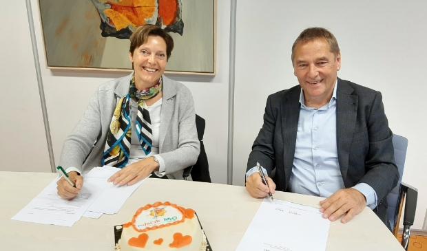 Sint Jacob en Hero kindercentrum ondertekenen de intentieverklaring.