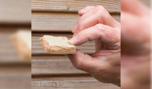 Karakteristieken aan de zelliges tegels zijn onder meer de met een beitel gekapte randen Jaap van Rijn © BDU media