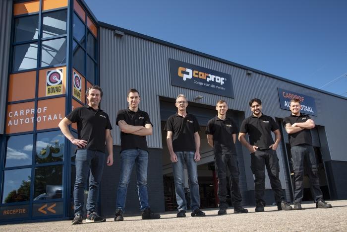 Het team van CarProf Autototaal staat voor u klaar