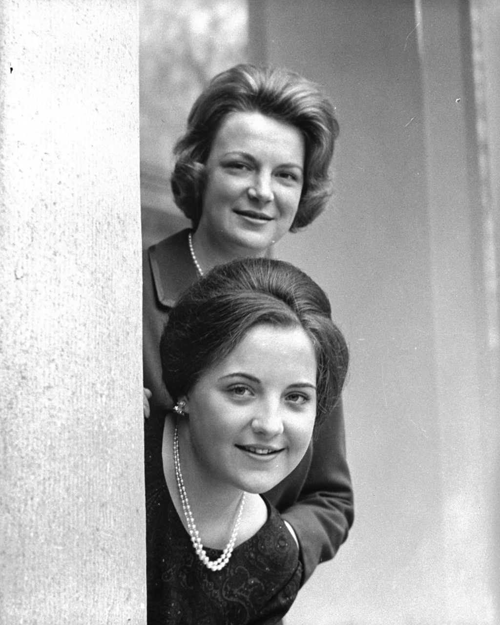 Prinses Irene en prinses Margriet in 1962. Nationaal Archief  © BDU media