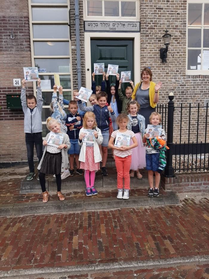 Kinderen CBS Wijngaarden op bezoek bij de Dijksynagoge