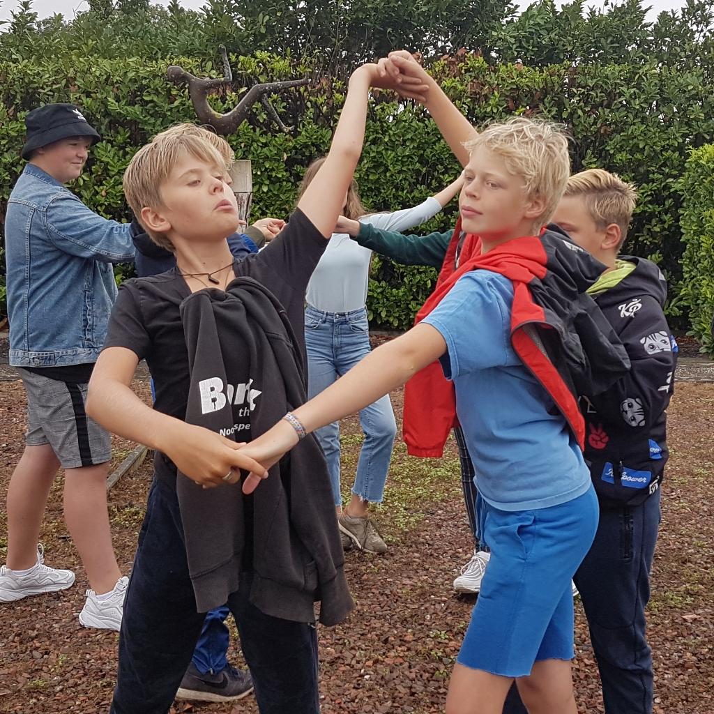<p>&nbsp;Morris (l, 12 jaar)) en Floris (r, 12 jaar) </p> <p>Claudia van Ede</p> © BDU media