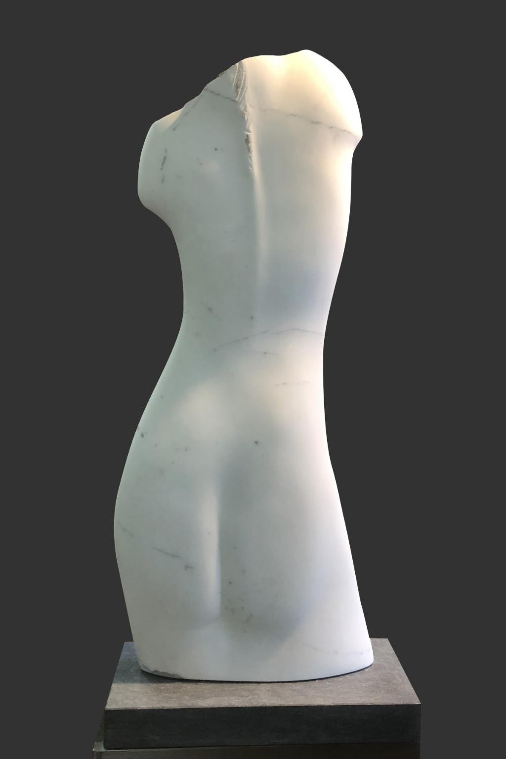 Donna con Tatuaggio, Marble, Statuario Puro Jos Out © BDU media