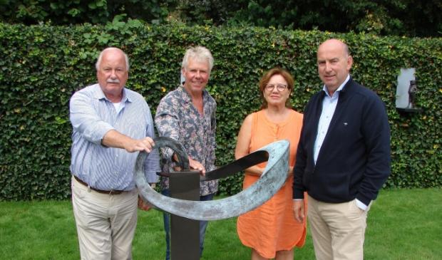 Jaap van der Kemp, Gerard Weck, Annie van Hal en Henk Drok.