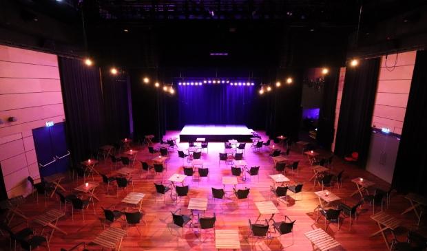 <p>Huiskamertheater setting van Aan de Slinger </p>